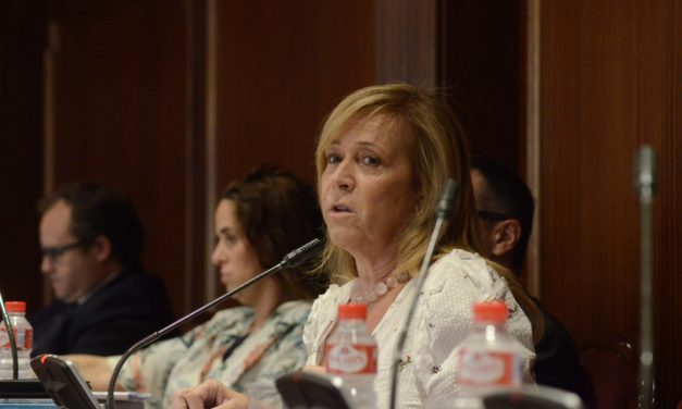 Pleno julio: Pilar Martínez contra todos, incluida ella