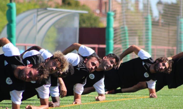 Dux vs AD Villaviciosa: el partido que se juega por el fútbol local