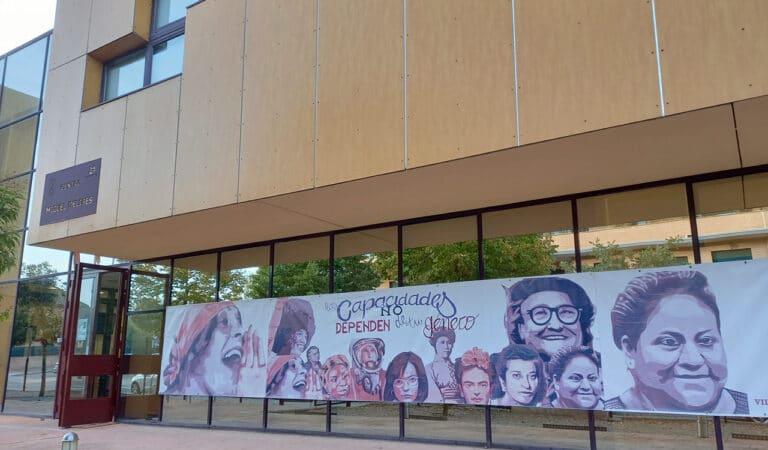 """Las mujeres del mural de """"Ciudad Lineal"""" vuelven a Villaviciosa"""